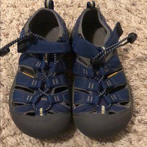 Keen boys waterproof sandals